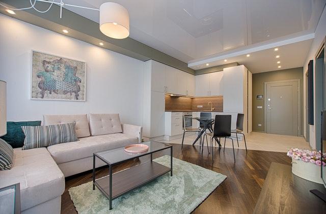 Vsestransko pohištvo za sodobno stanovanje